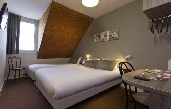 Tour Hôtel – Chambre