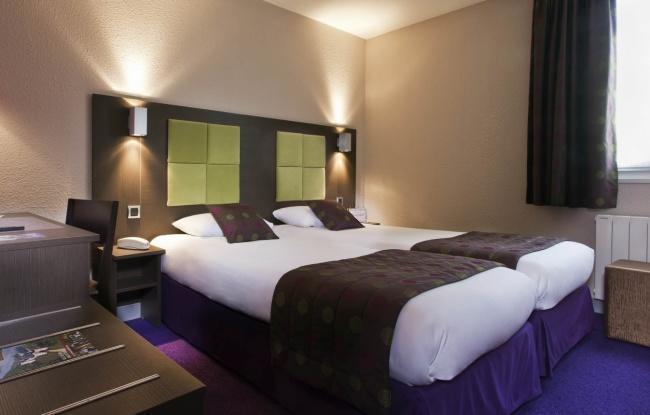 Tour Hôtel – Room